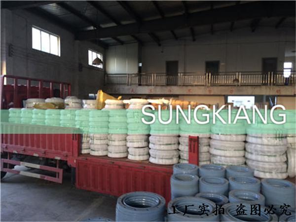 重庆京东方项目橡胶挠性接头发货现场