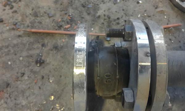 化工厂橡胶接头泄漏
